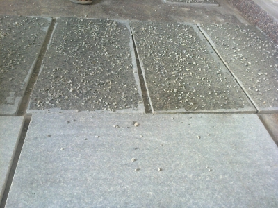 granite-tile-with-marble-chips