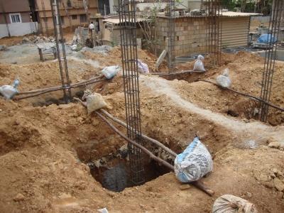 pillars-ready-for-footings2