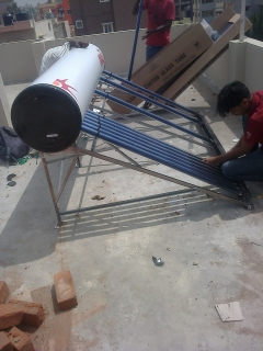 Solar water heater fixing 5