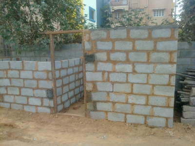 Temporary shed constructed with soil