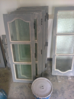 Metal paste for shutters